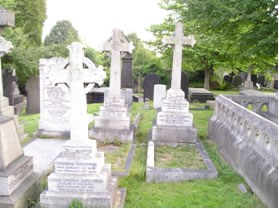 Aizlewood Grave
